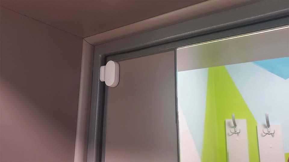 Датчик открытия двери Xiaomi установка